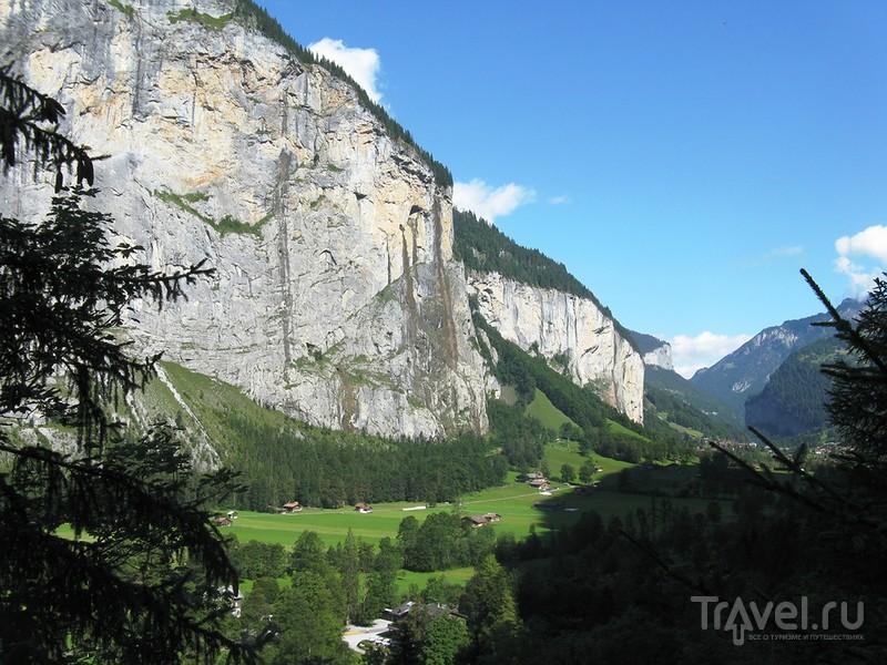 Самый удивительный водопад Швейцарии / Швейцария