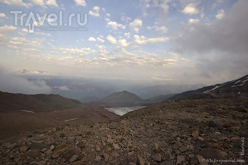 Гергетинский ледник и приют на Метеостанции / Грузия