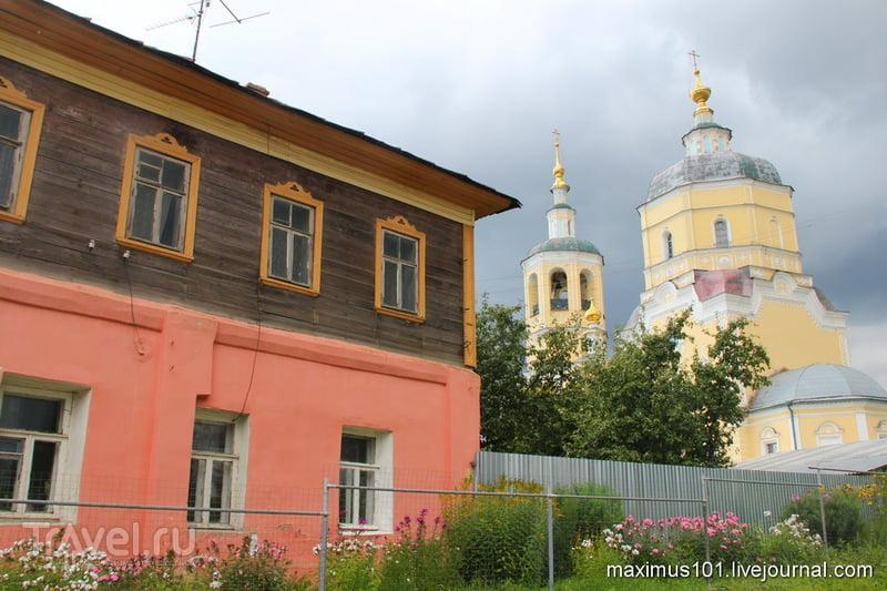 Отчитка в церкви храме монастыре  список храмов