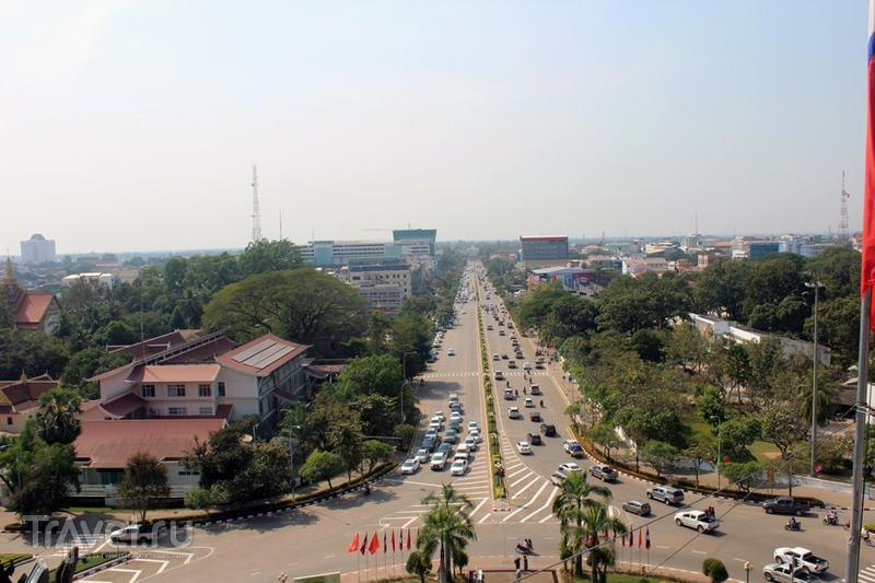 Лаос: Вьентьян. Архитектура и парки / Лаос