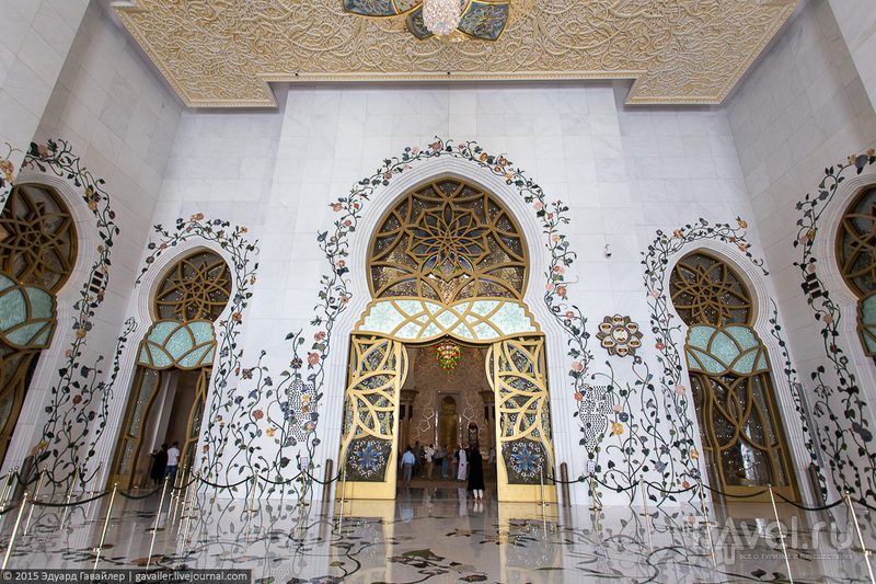 Самая красивая мечеть в мире / Фото из ОАЭ