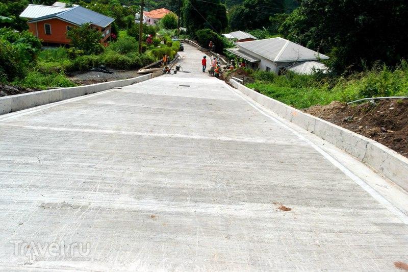Гренада - Возвращение в столицу по закрытой дороге / Гренада