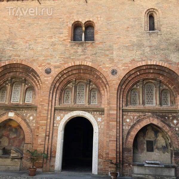 Базилика Санто-Стефано в Болонье / Италия