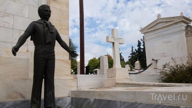Большое Афинское кладбище / Греция