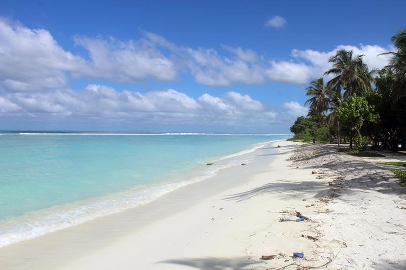 Мальдивы: остров Хульхумале / Мальдивы