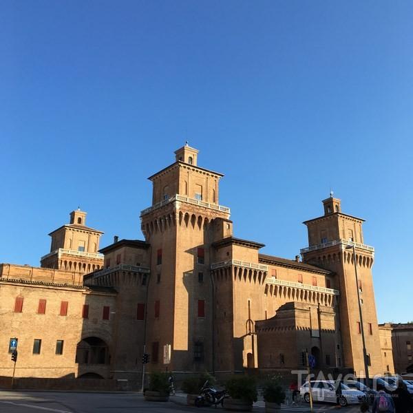 Замок д'Эсте в Ферраре / Италия