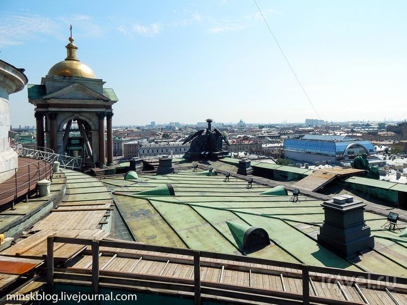 Исаакиевский собор. Взгляд сверху и снизу / Фото из России