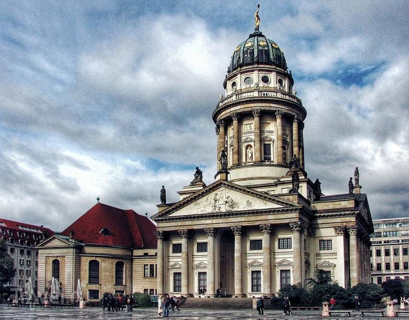 Жандарменмаркт: самая красивая площадь Берлина / Германия