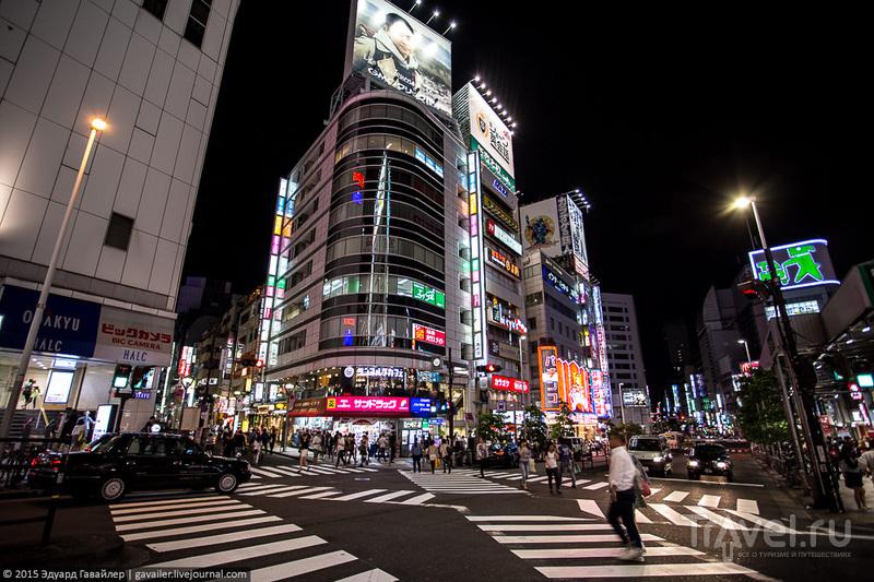 Упорядоченный хаос и ночь в Токио / Фото из Японии
