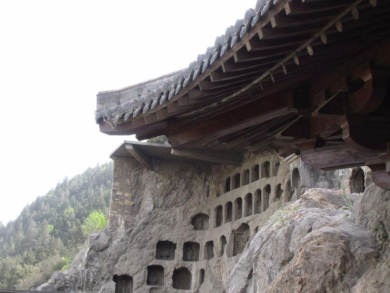 Гроты Лунмэнь: драконовы ворота / Китай