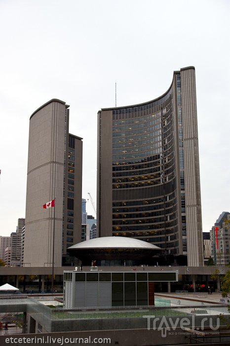 Торонто. Небоскребы пасмурного даунтауна / Фото из Канады