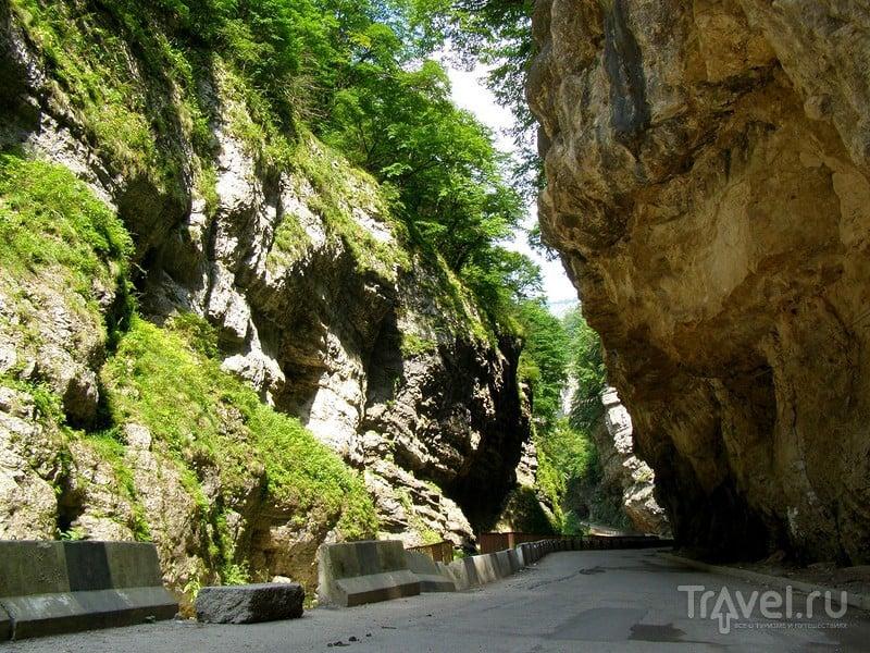 Кабардино-Балкария. Чегемские водопады / Россия