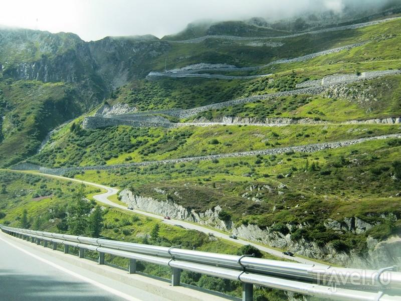 Перевал Фурка: Джеймс Бонд, ледник и паровоз / Фото из Швейцарии
