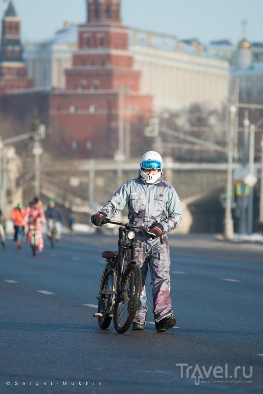 C ветерком по Москве. Велопарад у стен Кремля / Фото из России