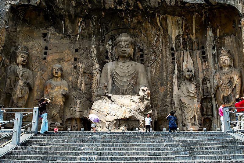 Лоян. Пещеры Лунмэнь / Фото из Китая