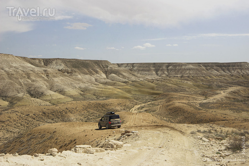 Глубже в пучину полуострова Мангышлак. Бекет-Ата, ветер и черепахи / Казахстан
