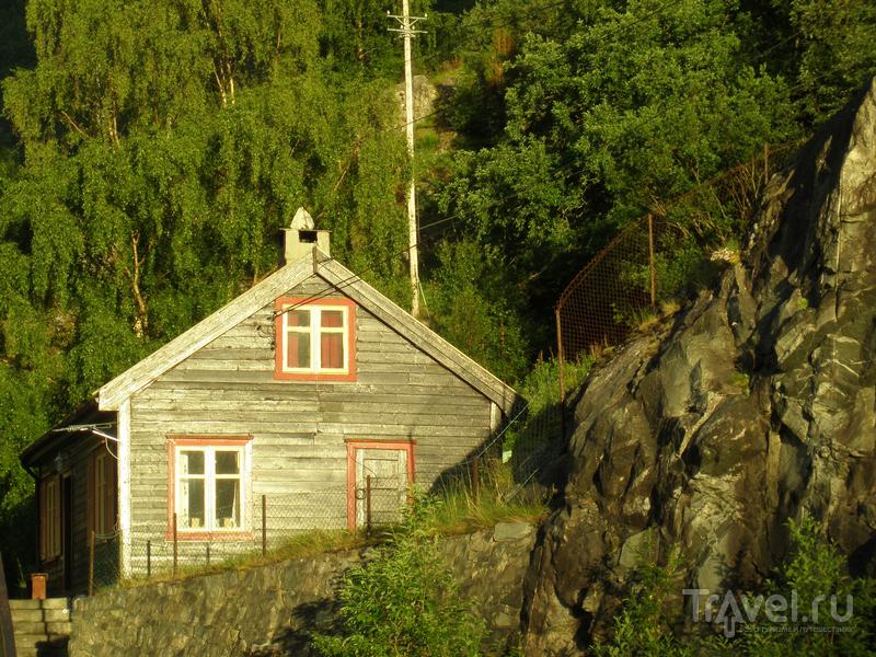 Неройфьорд, Флом, водопад Кьесфоссен / Фото из Норвегии