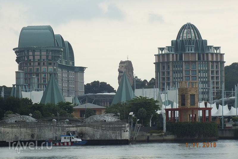 Сингапур. Остров  Sentosa.  Океанариум / Сингапур