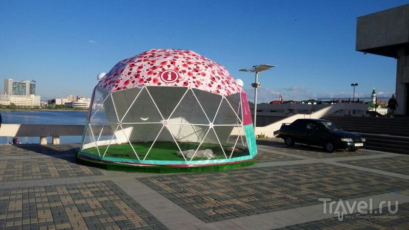 Информационные шатры отрыты до конца лета