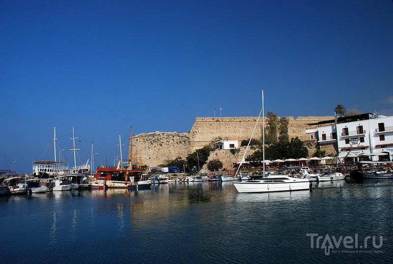 Киренийская крепость. Вид из гавани