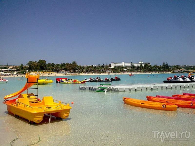 Водные развлечения на Nissi Beach