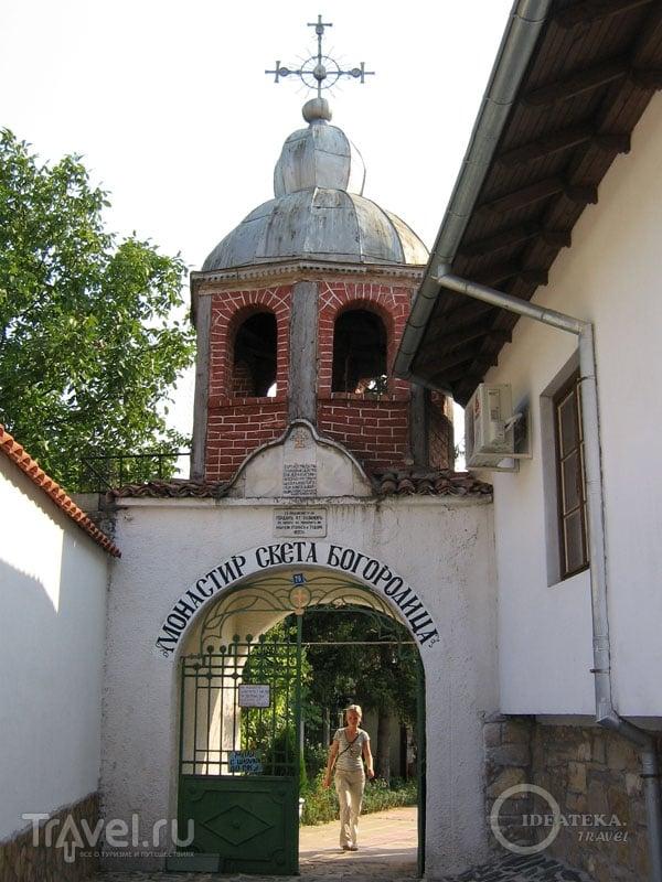 Монастырь Святой Богородицы в Арбанаси. Болгария / Фото из Болгарии