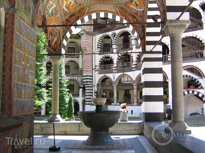 Рильский монастырь в Болгарии / Фото из Болгарии