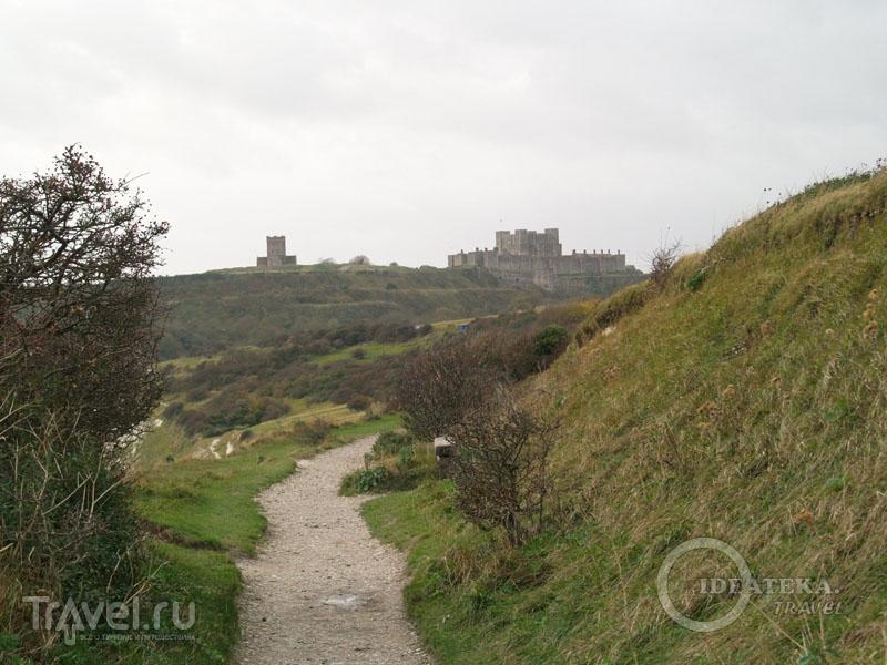Вид с клиффа на замок / Фото из Великобритании