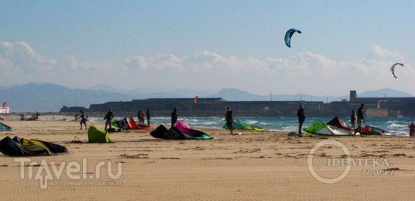 На пляже в Тарифе, Испания / Фото из Испании