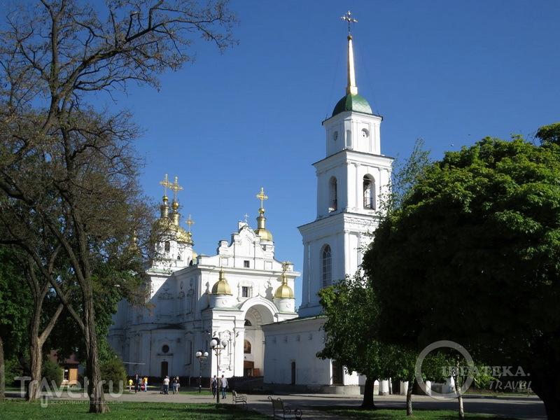 Свято-Успенский кафедральный собор в Полтаве / Фото с Украины