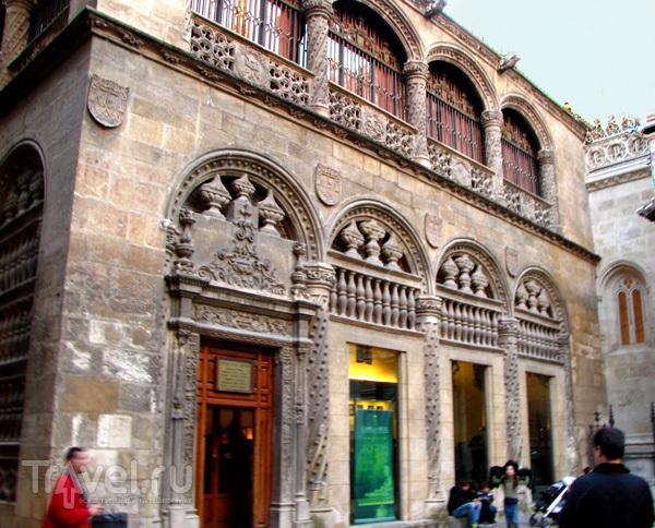 Усыпальница католических королей в Гранаде, Испания / Фото из Испании