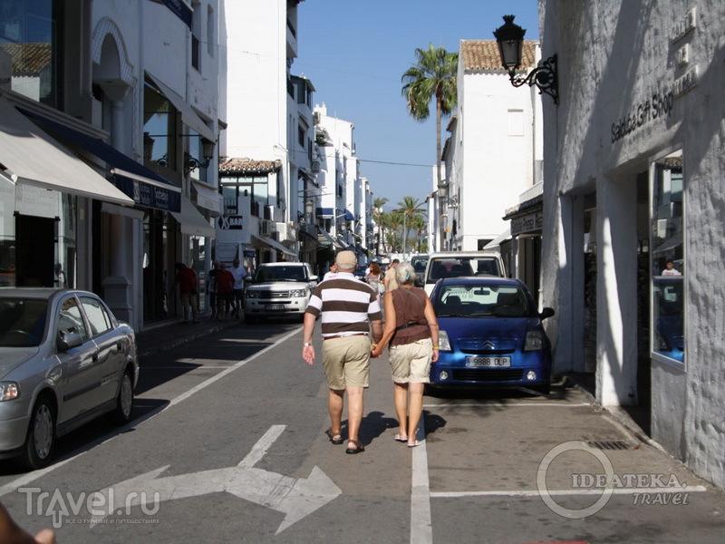 На улице в Марбелье / Испания