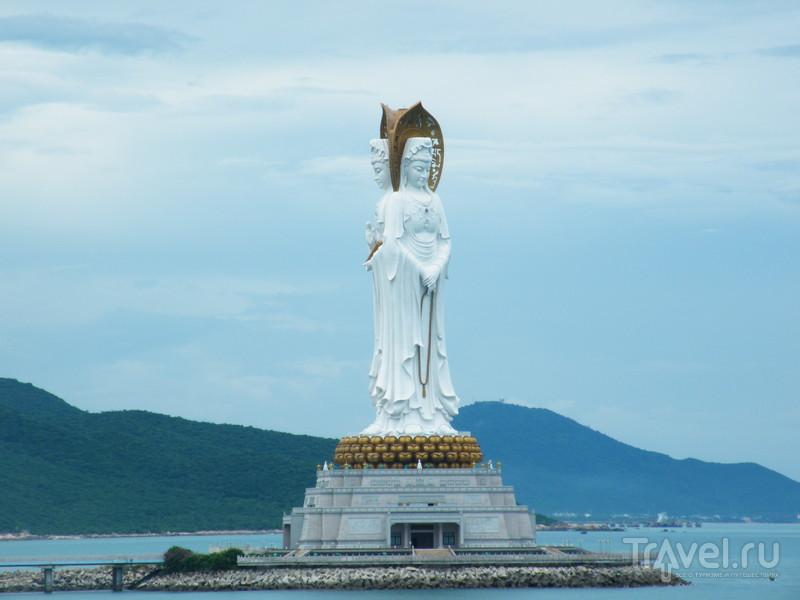 Статуя Гуаньинь / Китай