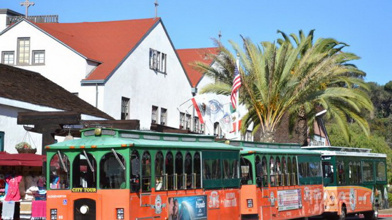 Автобусы Old Town Trolley Tours в Сан-Диего / США
