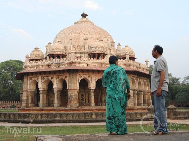 Женщина в сари в Дели / Фото из Индии