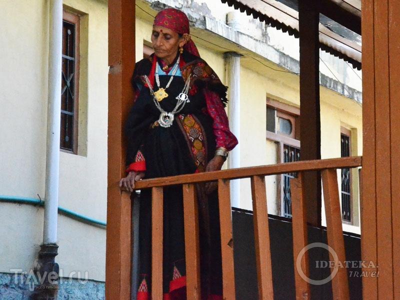 Женщина в национальном костюме / Фото из Индии