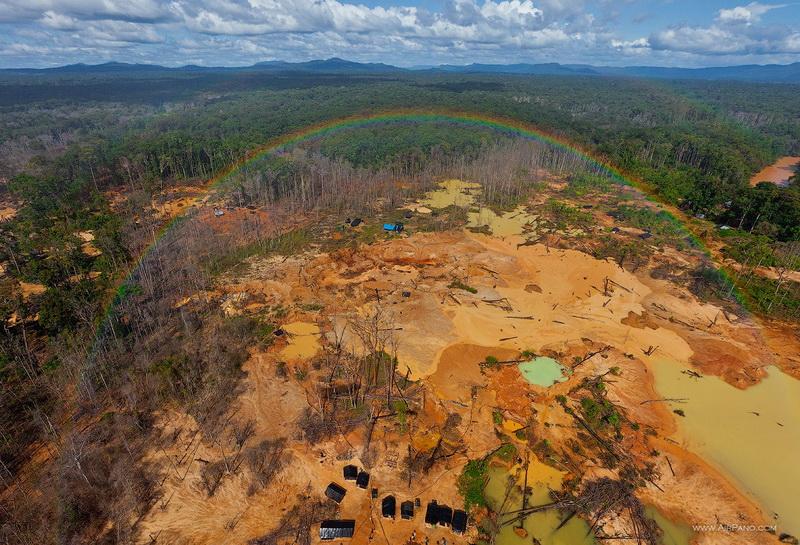 Окрестности водопада Анхель. Золотые прииски / Фото из Венесуэлы
