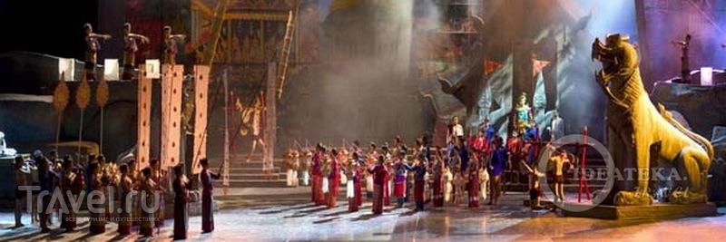 Сцена из шоу Siam Niramit в Бангкоке, Таиланд / Фото из Таиланда