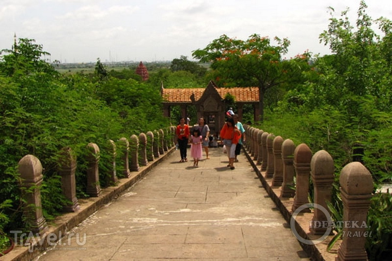 В парке Мыанг-Боран, Таиланд / Фото из Таиланда