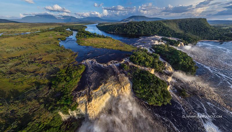 Лагуна Канайма, Водопад Ача, Венесуэла / Фото из Венесуэлы