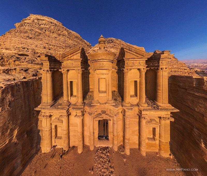 Монастырь Ад-Дейр, Петра / Фото из Иордании