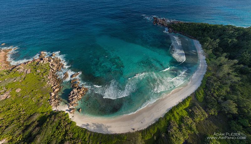 Пляж Анс Коко (Anse Coco), остров Ля Диг. Сейшельские Острова / Фото с Сейшел