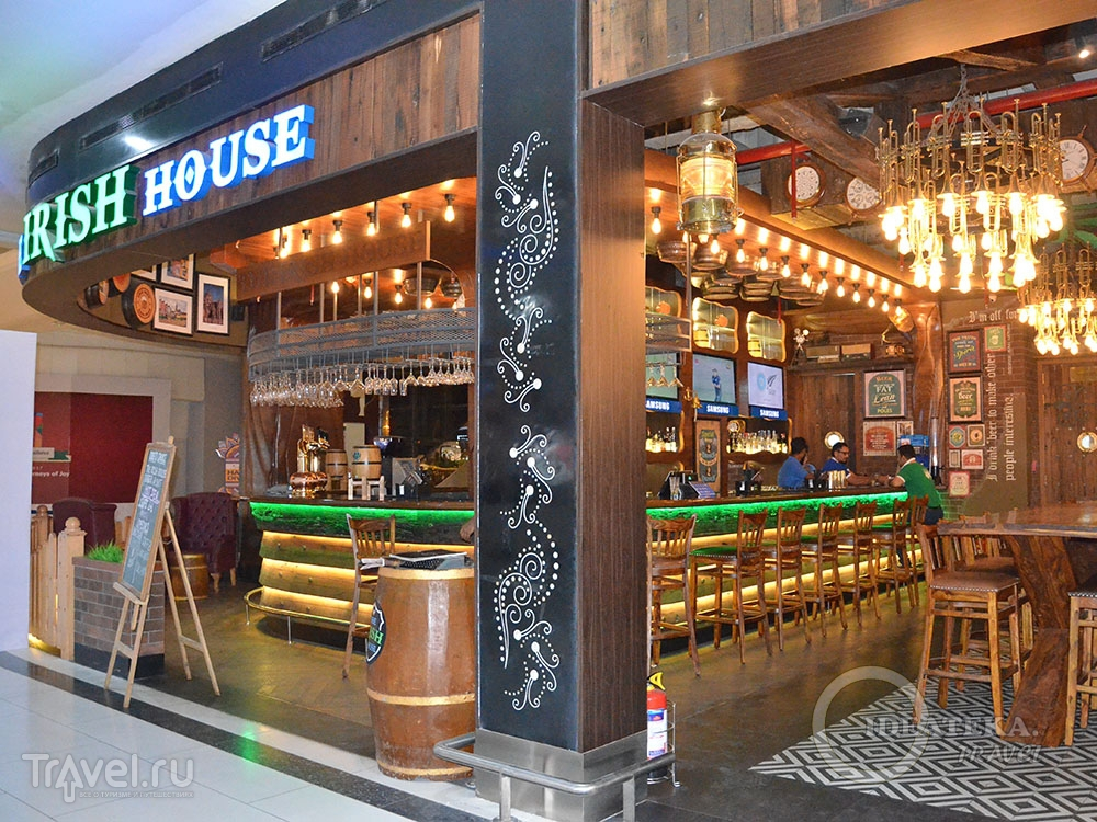 Ресторан Irish House в аэропорту Дели / Фото из Индии