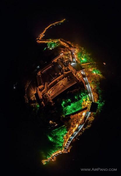 Ночной Бадалин / Фото из Китая