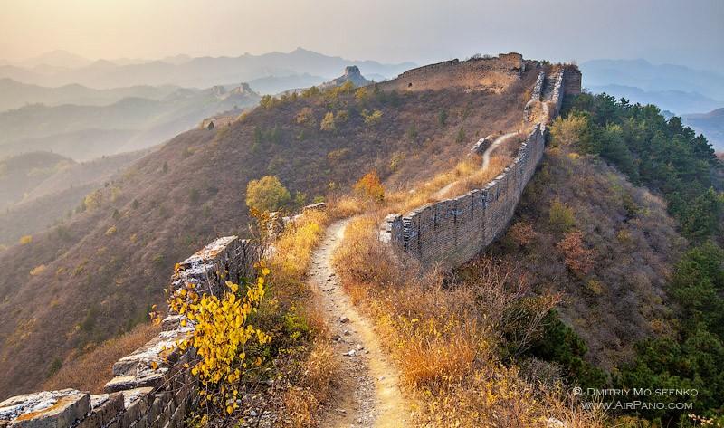 Древний участок стены / Фото из Китая