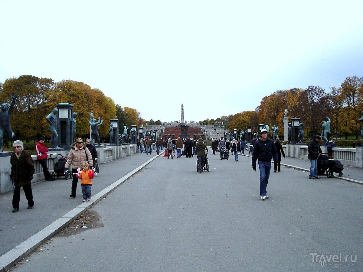 Парк скульптур Вигеланда. Центральная аллея / Норвегия
