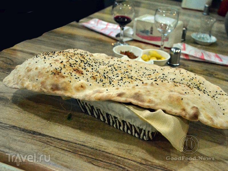 Хлеб в ресторане Gül Pide в Алании / Фото из Турции