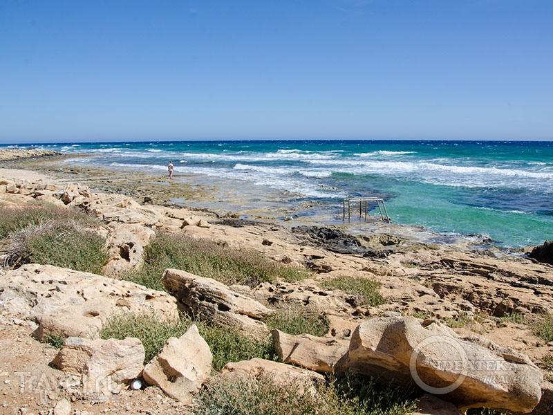 Loukkos Tou Mandi beach в Айя-Напе / Фото с Кипра